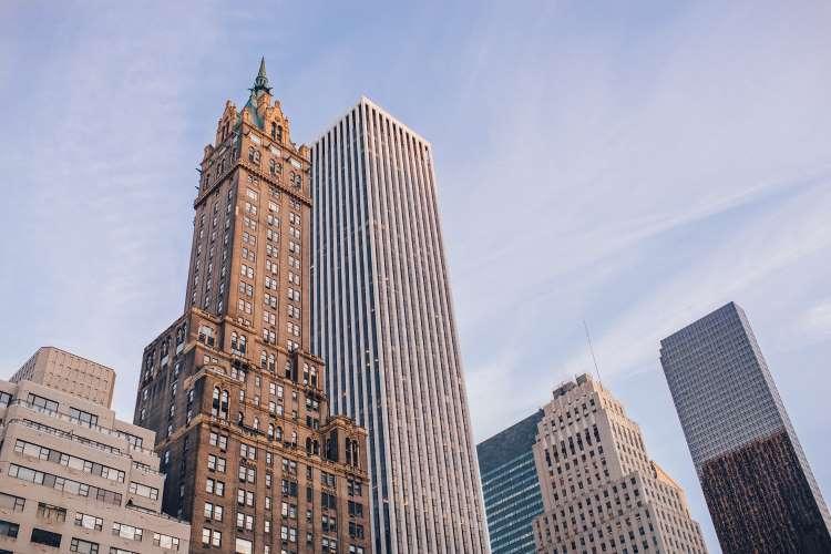 Describe a Tall Building